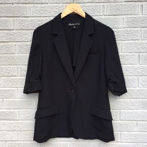 Elizabeth & James Notched Lapel Relaxed Blazer